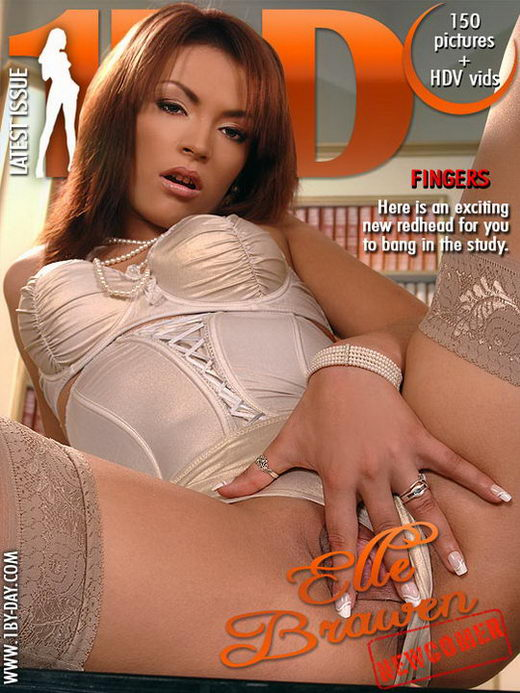 Elle Brawen - `Fingers` - for 1BY-DAY