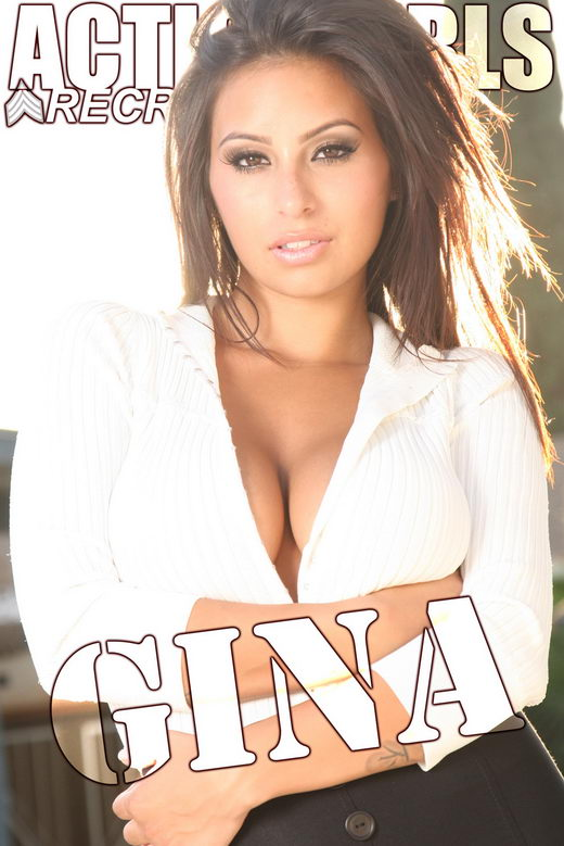 Gina - `Sweater` - for ACTIONGIRLS