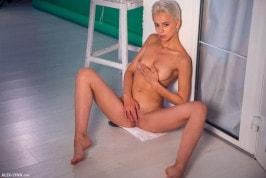 Lilly Thomson  from ALEX-LYNN