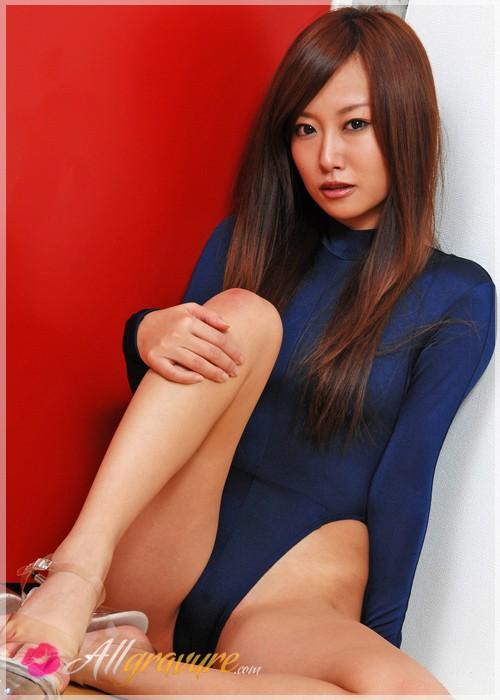 Ayako Yamanaka - `Perfect Fit` - for ALLGRAVURE