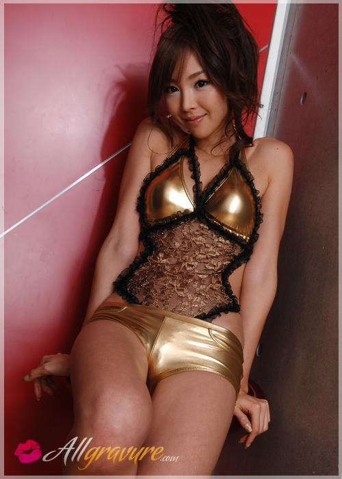 Midori Yamasaki - `Gold and Lace` - for ALLGRAVURE