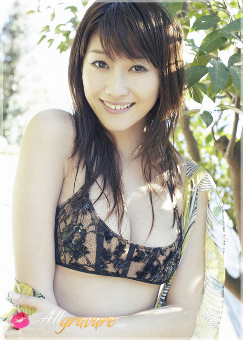 Mikie Hara - `Smile` - for ALLGRAVURE