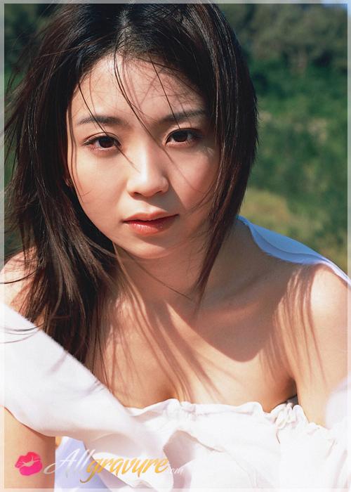 Nana Akiyama - `Easi 4` - for ALLGRAVURE