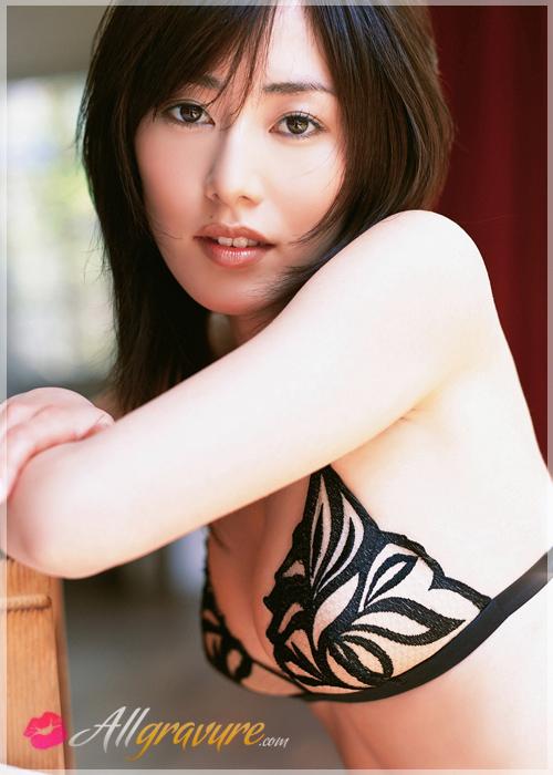 Momoko Tani - `Mistress` - for ALLGRAVURE