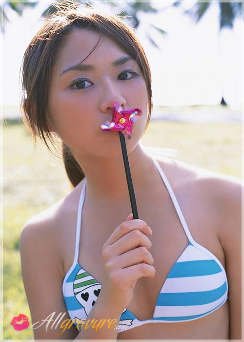 Natsumi Kamata - `Surfs Up` - for ALLGRAVURE