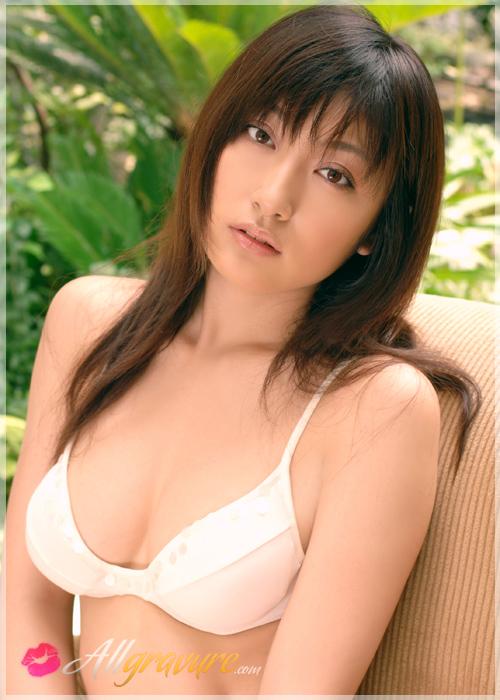 Yoko Kumada - `Lounge` - for ALLGRAVURE