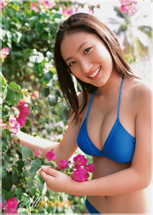 Saaya Irie - `Love Pool` - for ALLGRAVURE