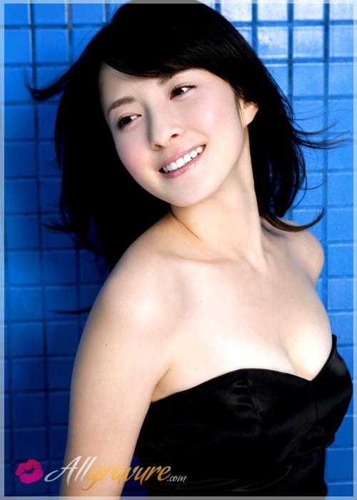 Rina Mastsuki - `Soaked` - for ALLGRAVURE