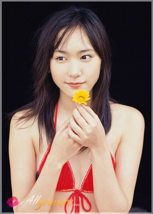 Yui Aragaki - `Home Sweet` - for ALLGRAVURE
