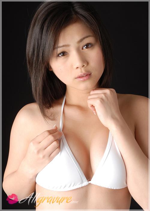 Rion Sakamoto - `White Pose` - for ALLGRAVURE