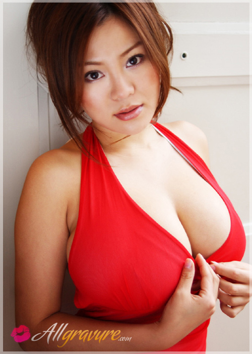 Yoko Matsugane - `Massive Cups` - for ALLGRAVURE