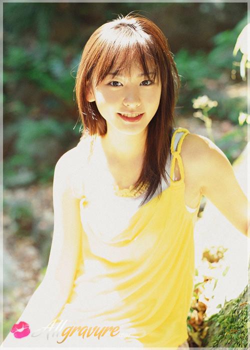 Yui Aragaki - `Lets Beach` - for ALLGRAVURE