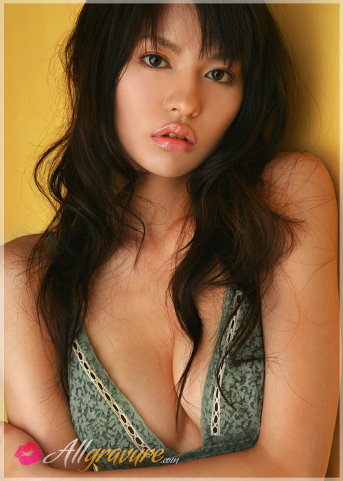 Yuriko Shiratori - `Those Lips` - for ALLGRAVURE