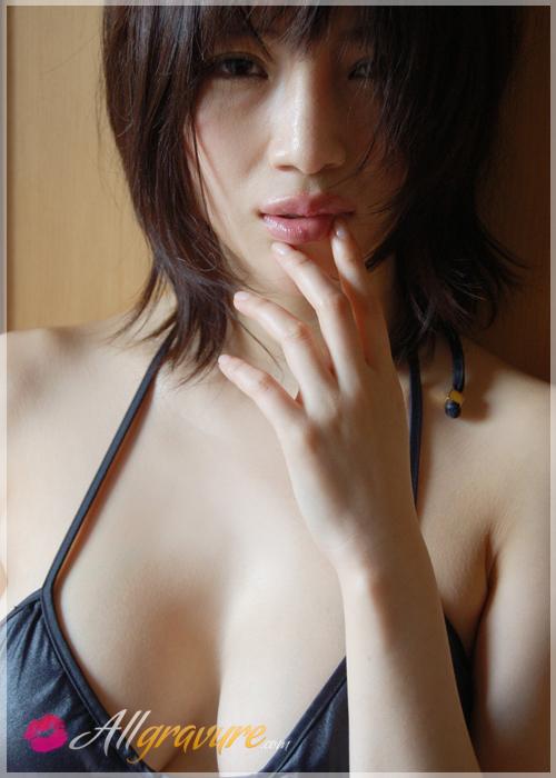 Yuuri Morishita - `Nude Kiss` - for ALLGRAVURE