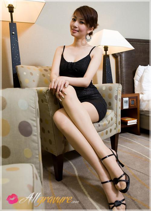 Penny - `Miss Legs 1` - for ALLGRAVURE