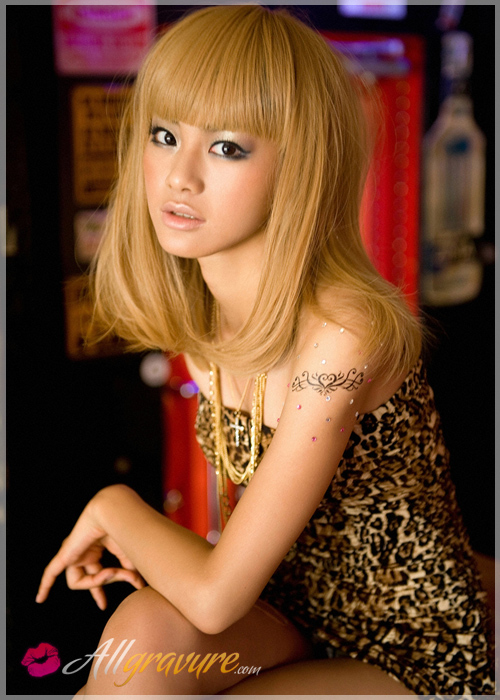 Rika Sato - `Rocking Blonde` - for ALLGRAVURE