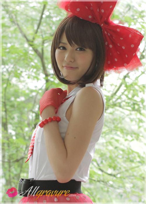Maimi Yajima - `Bowtie Beauty` - for ALLGRAVURE