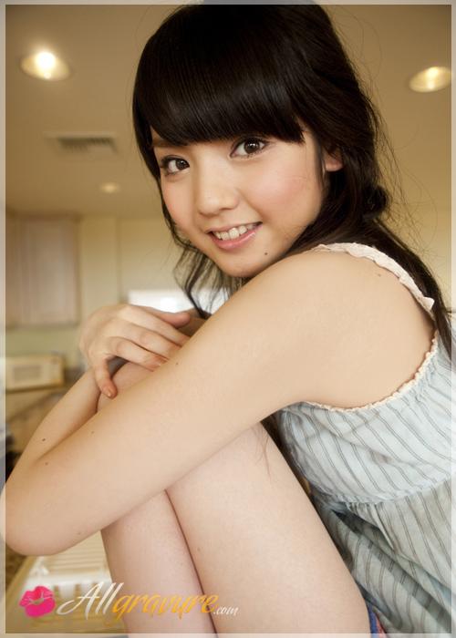 Sayumi Michishige - `Shimmering` - for ALLGRAVURE