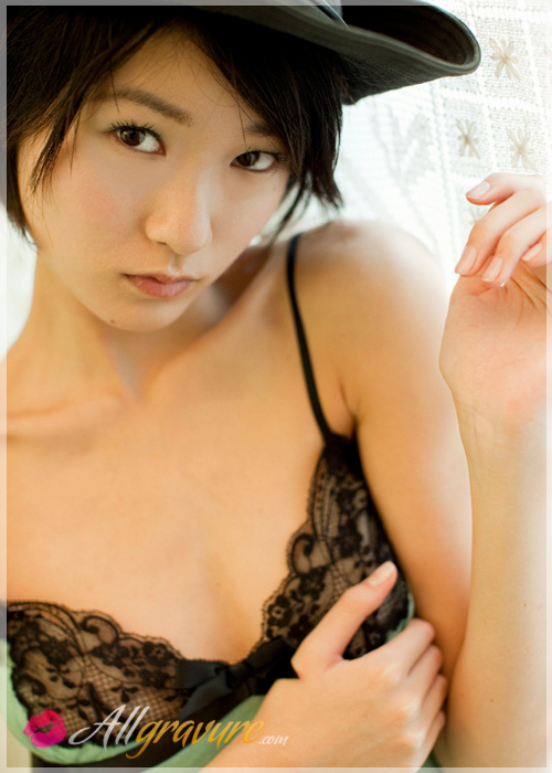 Ryou Shihono - `White Breath 1` - for ALLGRAVURE