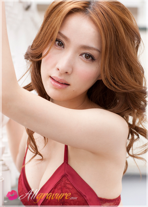 Saki Seto - `Red Red` - for ALLGRAVURE