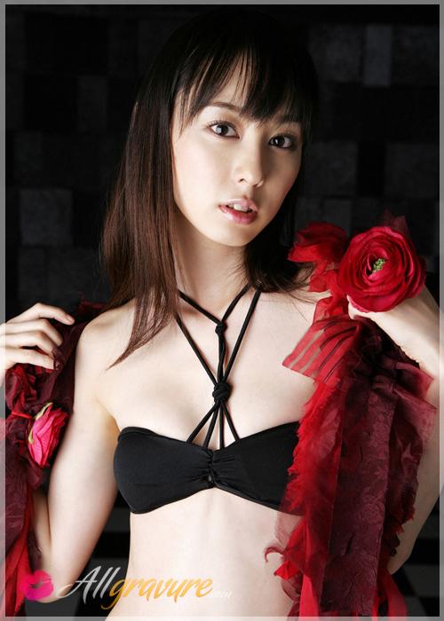 Rina Akiyama - `Rose Heart` - for ALLGRAVURE