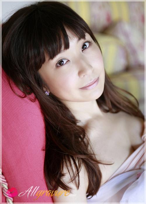 Mayumi Ono - `Unwrapped` - for ALLGRAVURE