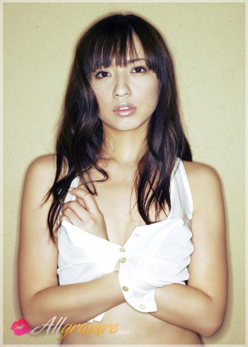 Maomi Yuuki - `Free Myself` - for ALLGRAVURE
