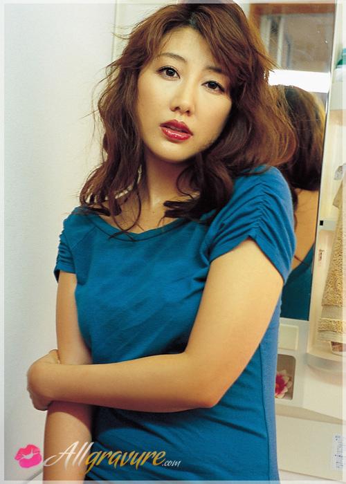 Megumi Yasu - `New Mistress` - for ALLGRAVURE