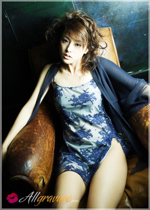Ayumi Kinoshita - `Dreaming 1` - for ALLGRAVURE