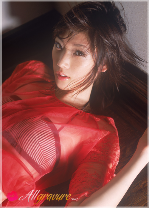 Saki Akai - `Light Heart` - for ALLGRAVURE