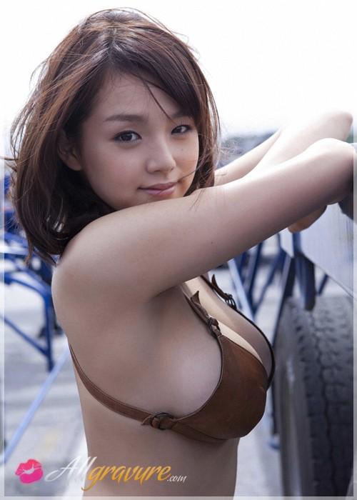 Ai Shinozaki - `Daiyone` - for ALLGRAVURE