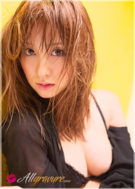 Aya Kiguchi  from ALLGRAVURE