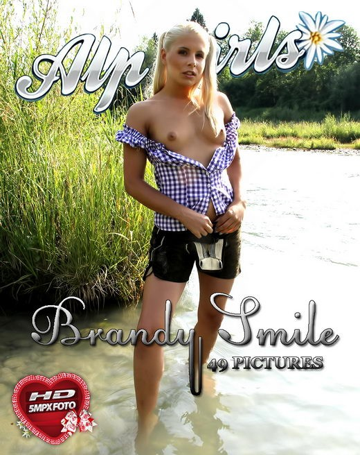 Brandy Smile - for ALPGIRLS