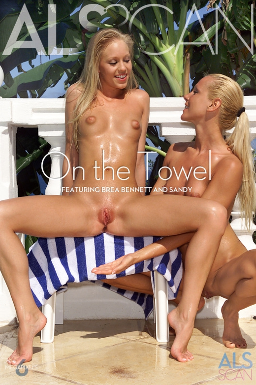 Brea Bennett & Sandy - `On the Towel` - for ALS SCAN