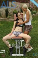 Kristy Black & Lola - Pigtail Twins