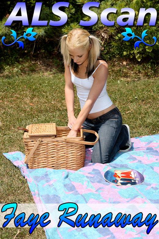 Faye Runaway - `Sapphic Picnic - Set 1` - for ALSSCAN