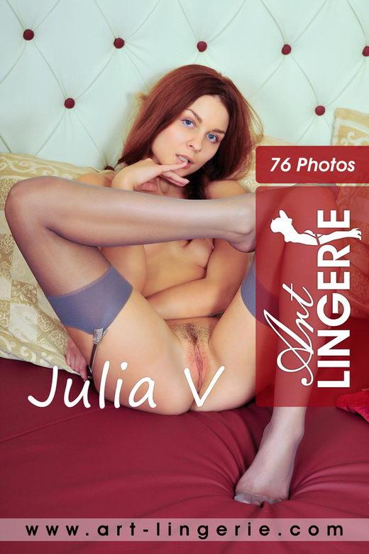 Julia V - for ART-LINGERIE