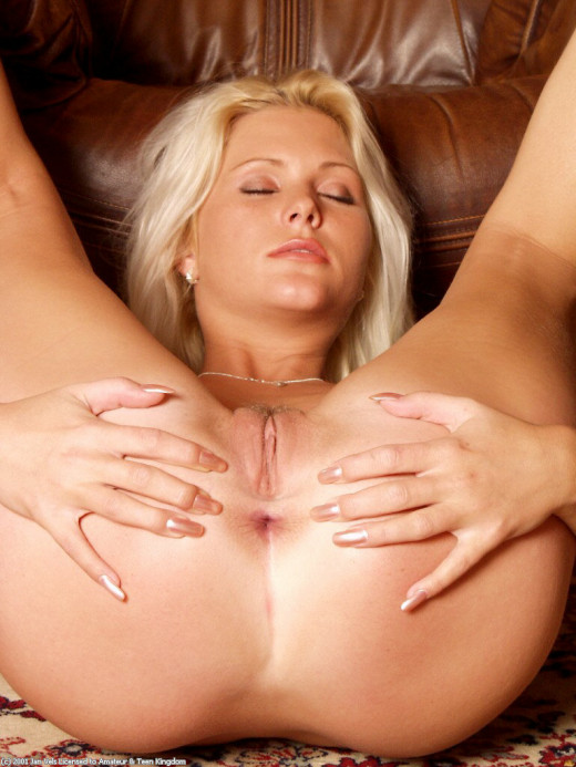 Kathy Anderson in masturbation gallery from ATKARCHIVES