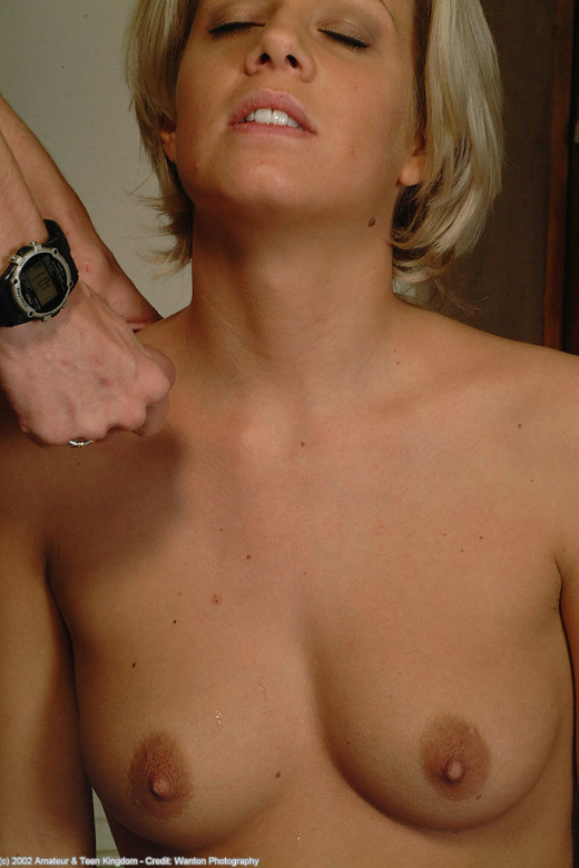 Linda in blowjob gallery from ATKARCHIVES