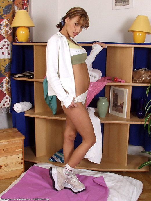 Veronika in babes gallery from ATKARCHIVES