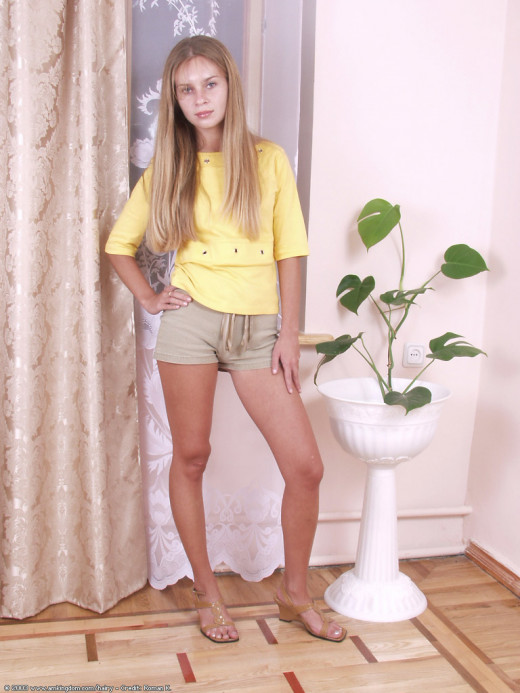 Yulia in coeds gallery from ATKARCHIVES