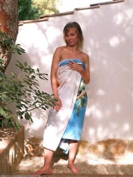 Jana  from ATKARCHIVES