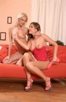 Sandra Shine & Zsuzsanna - lesbian