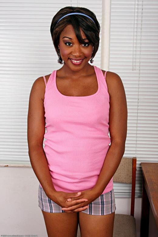 Intimate life of ebony pornstar babe Imani Rose gets revealed  1685513