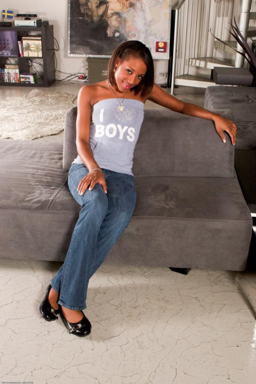 Young ebony babe Monicka Jaymes gets her brown pussy hammered hardcore № 598866 загрузить