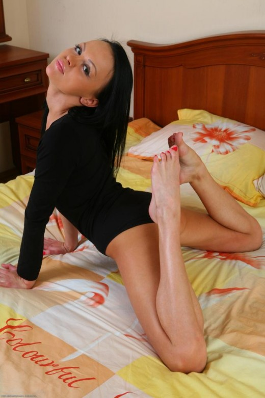 Angelina in amateur gallery from ATKPETITES