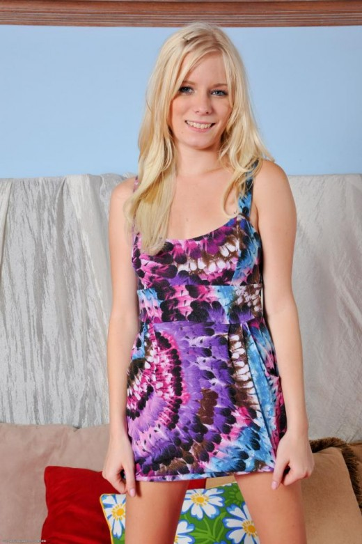 Elaina Raye in coeds gallery from ATKPETITES