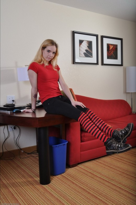 Zoe in amateur gallery from ATKPETITES