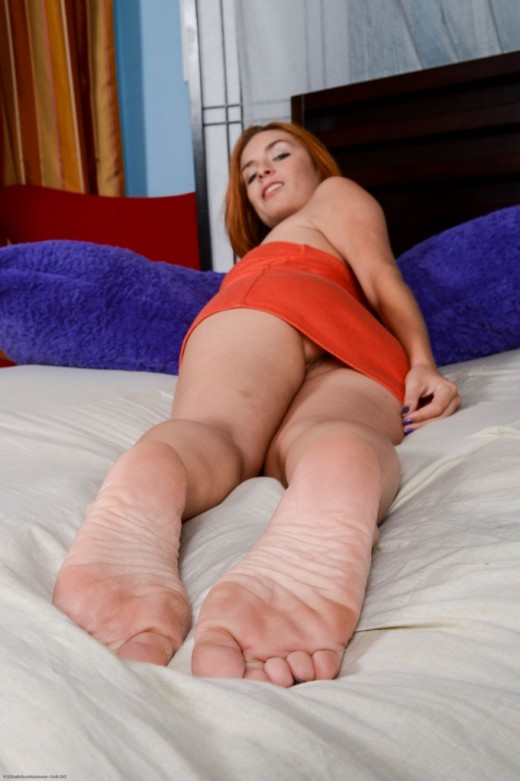 Ashlee Graham in footfetish gallery from ATKPETITES