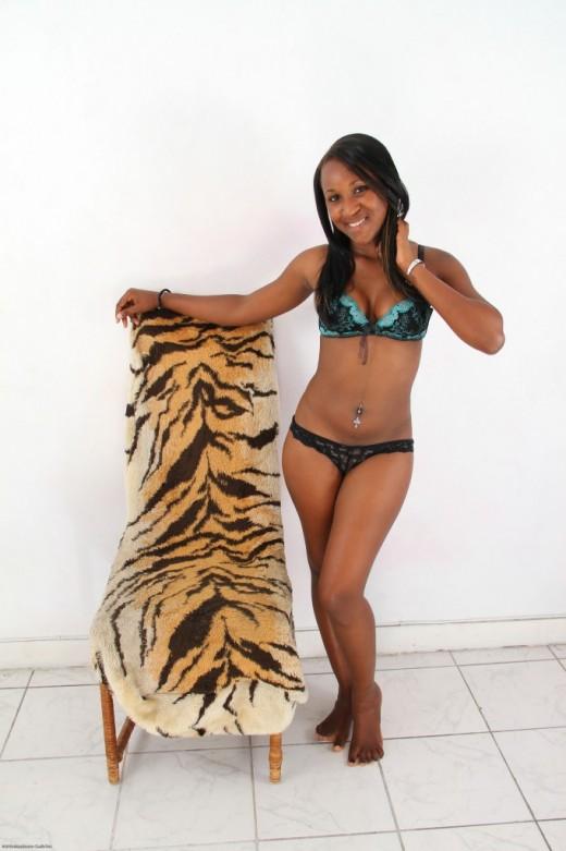 Katalia - `black women` - for ATKPETITES